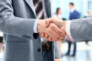 O que analisar ao contratar uma prestadora de serviços de telefonia?