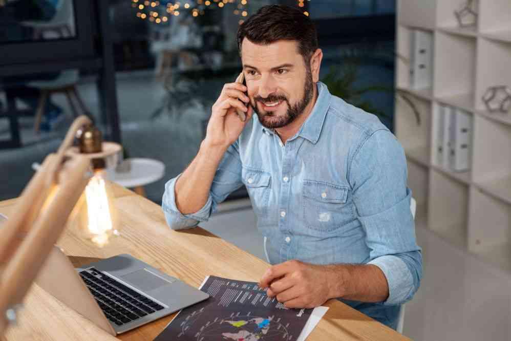 Vendendo pelo telefone: como usar esse canal para aumentar as vendas?