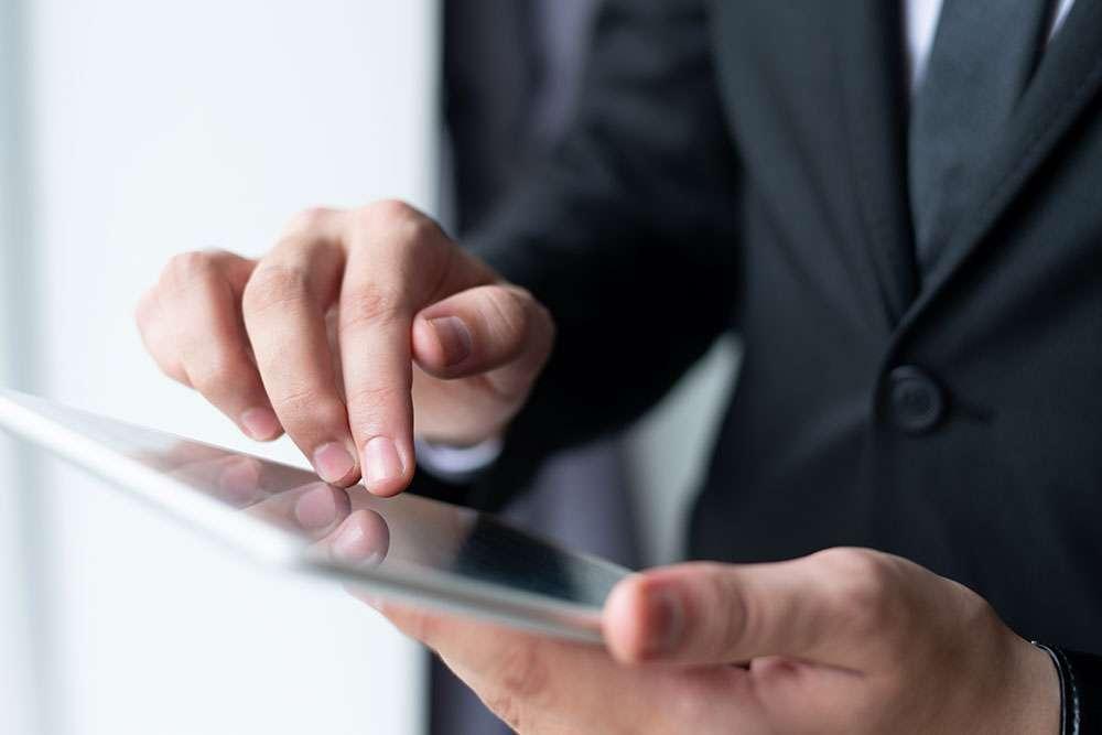 Celular corporativo: como controlar gastos adicionais - Ecotelecom