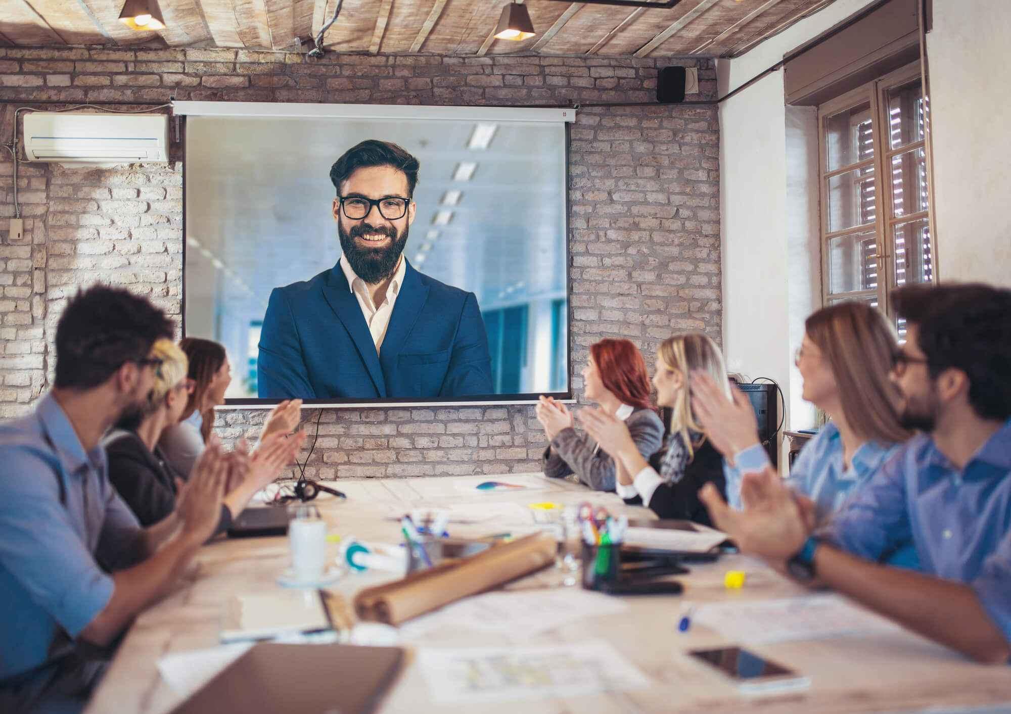 Conheça 5 motivos para adotar as videoconferências