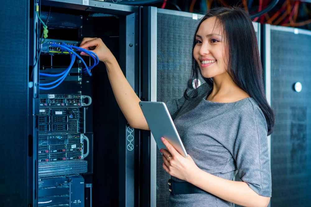 Fibra óptica para empresa: quais são as vantagens? - Ecotelecom