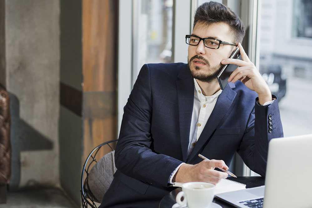5 sinais que é hora de mudar o plano de telefone corporativo - Ecotelecom