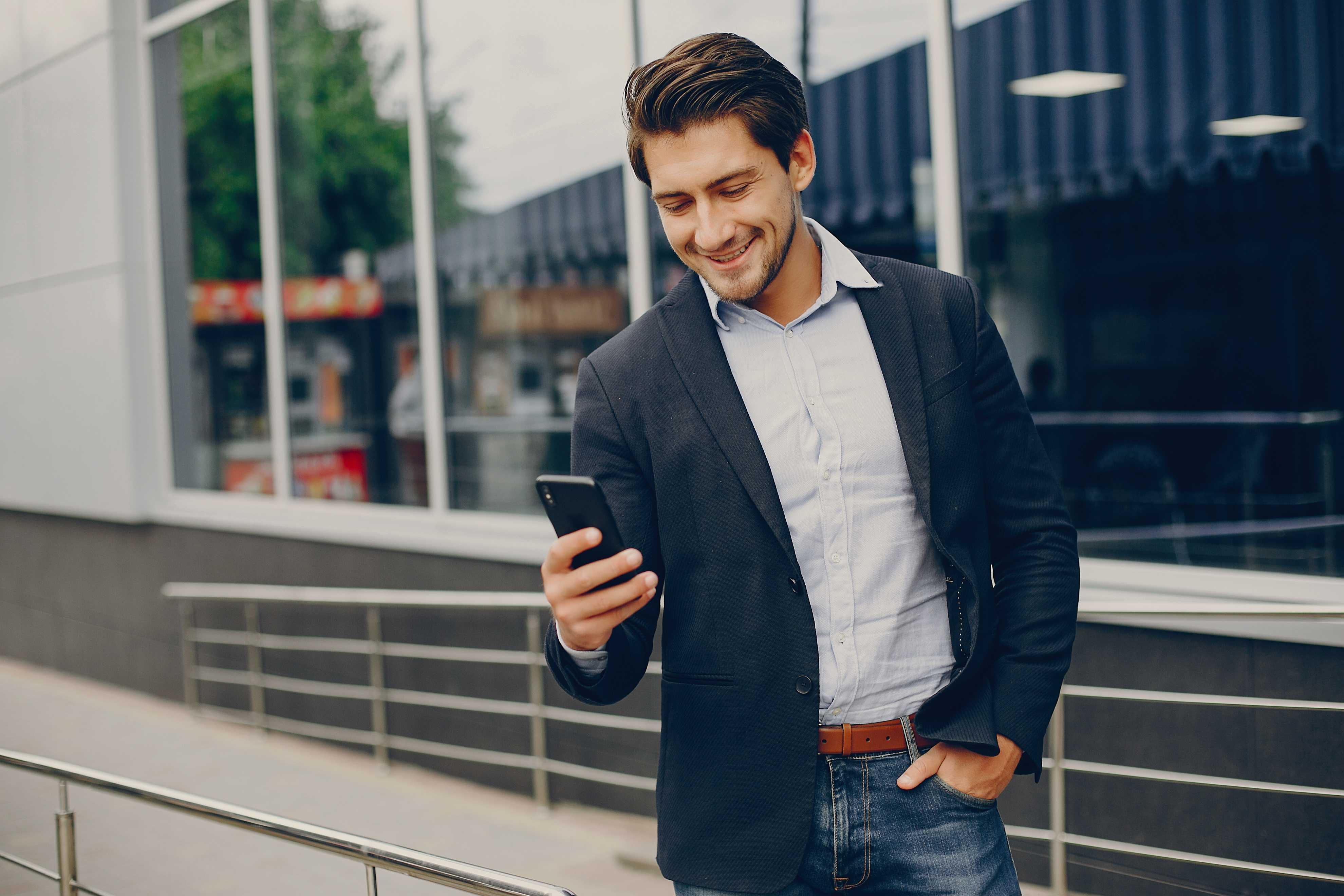 Telefone celular: saiba como escolher o melhor plano para sua empresa