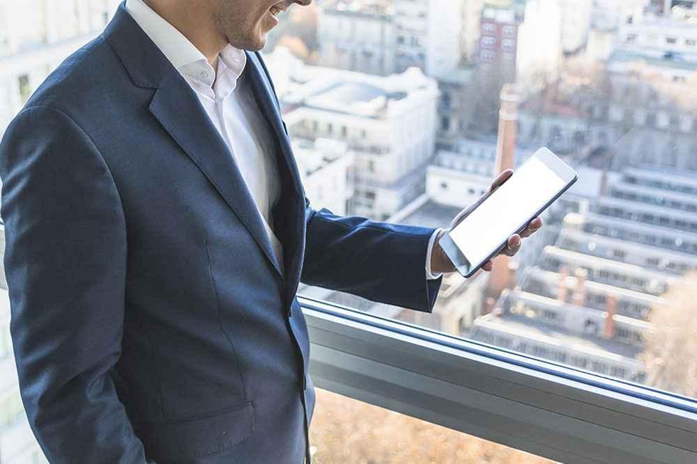 Celular Corporativo: Saiba quais são os diferenciais antes de adquirir - Ecotelecom