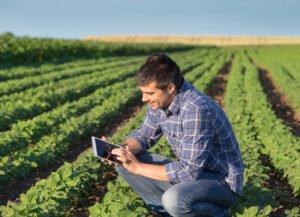 Entenda como a tecnologia está facilitando o dia a dia do trabalhador rural